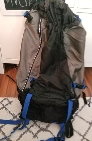Jansport Klamath Hiking packback for Sale in Tampa, FL