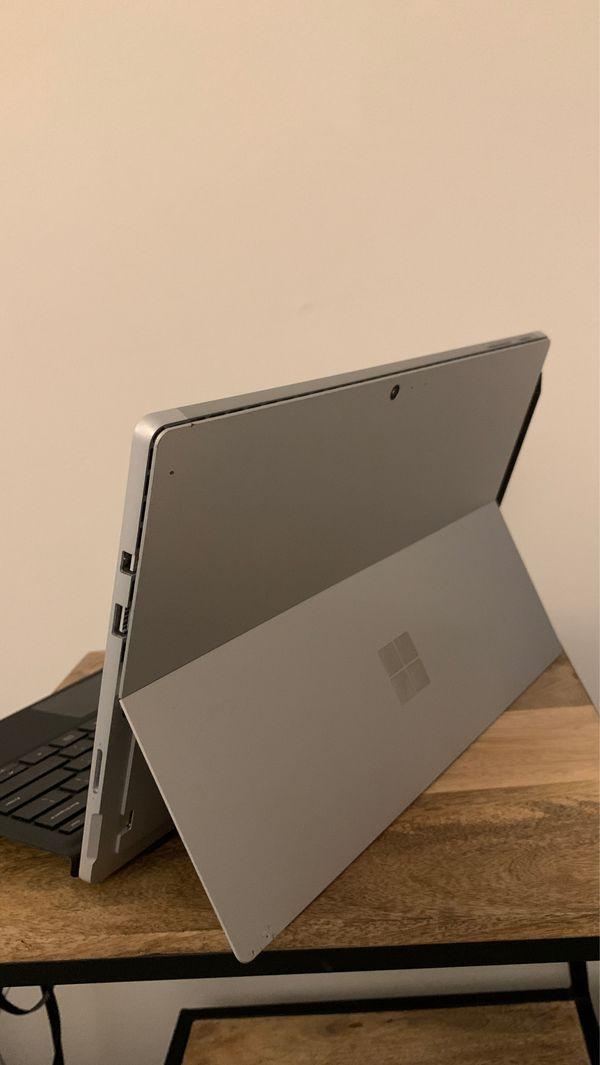 Surface Pro - i7 - 16GB RAM - 512 SSD W/Pencil