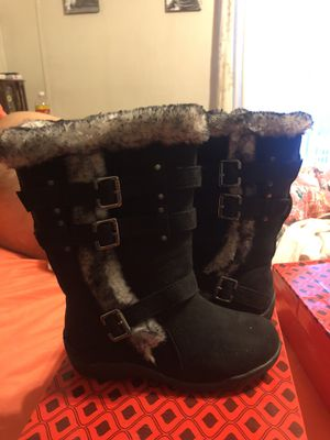 Girls snow boots 11.5 for Sale in Morgantown, WV