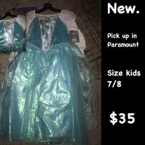 Elsa disney store costume for Sale in Paramount, CA
