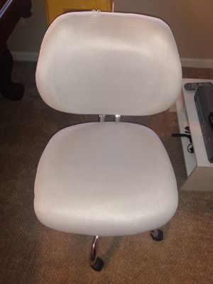 Brand New cream/white office chair for Sale in Jonesboro, GA