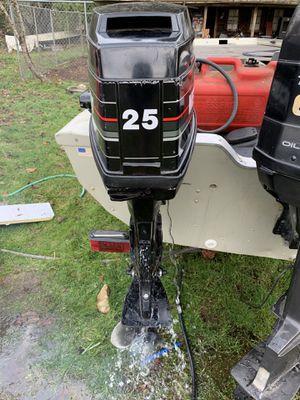 Mercury 25hp tiller outboard. for Sale in Auburn, WA