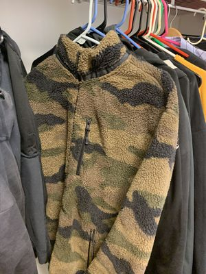 H&M Fleece Size Large for Sale in Millersville, PA