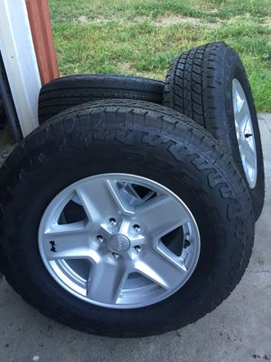 Jeep Take Off Wheels and Tires for Sale in Ramona, CA