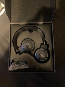 Jbl wireless headphones for Sale in Anaheim,  CA