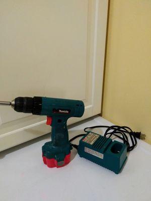 Makita drill 9.6 Volt for Sale in Lacey, WA