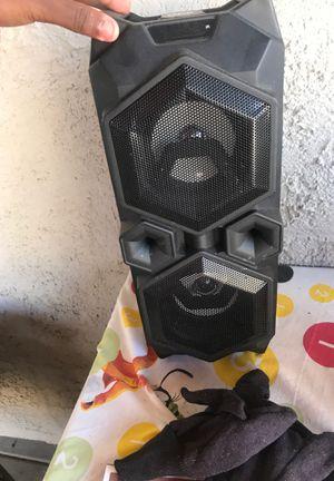 Very loud Bluetooth speaker for Sale in Las Vegas, NV