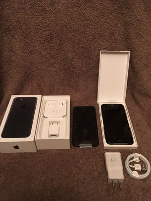 iPhone 7 128 GB and 32 GB for Sale in Palmetto, FL