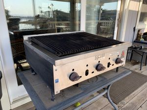 Wolf outdoor grill with gas hookup for Sale in Discovery Bay, CA