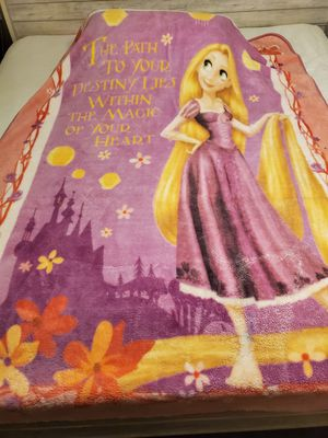 Tangled twin bedding set for Sale in Medical Lake, WA