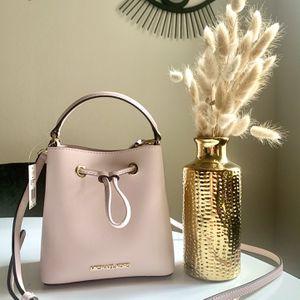 Michael Kors Mk Pink Valentines Bag for Sale in Pflugerville, TX