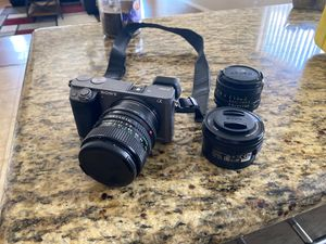 SONY A6000 W/ KIT LENS + CANON LEGACY LENSES for Sale in Peoria, AZ