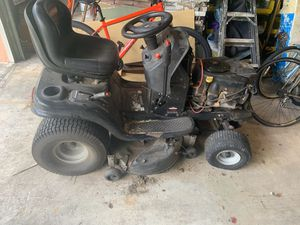 Sears Tractor Mower. Works great! for Sale in Miami, FL