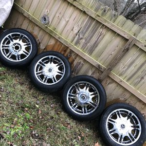 """20"""" Chrome Rims for Sale in Charlotte, NC"""