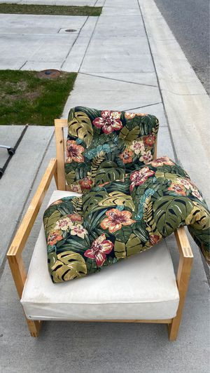 Rocking lounge chair + Extra cushions for Sale in Severn, MD