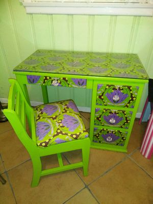 Customized Desk and Chair for Sale in Corpus Christi, TX