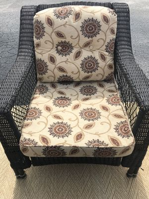 Outdoor patio furniture cushions- ONE SET for Sale in Lake Worth, FL