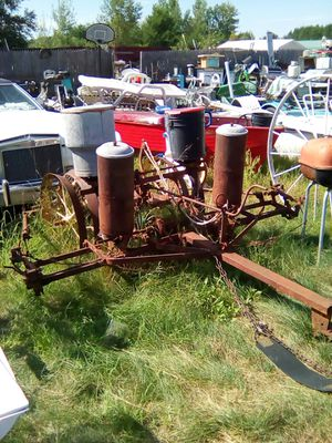 Corn planter for Sale in Backus, MN