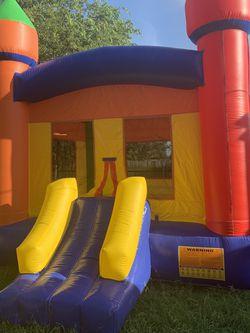 Castle Bounce House for Sale in Arlington,  TX