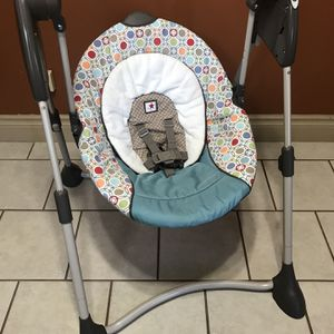 Graco Portable Baby Swing for Sale in Houston, TX