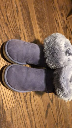 Ugg boots size 10 for Sale in Sacramento, CA