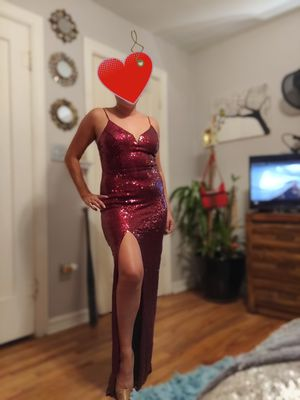 B. SMART RED FORMAL SEQUIN DRESS for Sale in Oklahoma City, OK