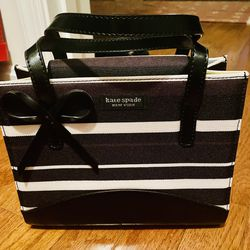 Kate Spade Zebra Stripe Tote/Clutch for Sale in Woodbridge,  VA