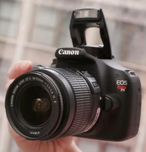 New Camera DSLR EOS Canon Rebel t5 with lens ef-s 18-55 kit bundle set camara photography fotos video for Sale in Miami, FL