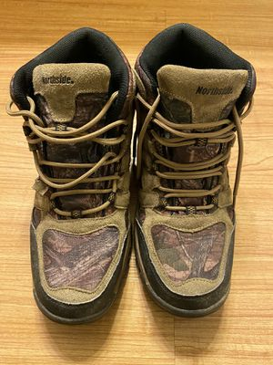 Winter Boots - Size 10 Men's- Weather Resisitant - Work great! for Sale in Kirkland, WA