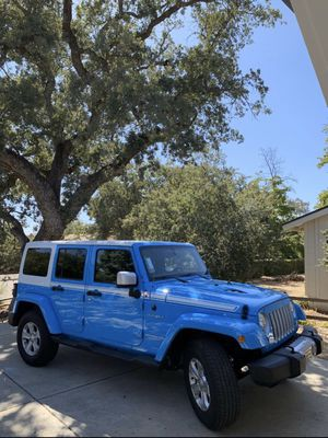 2017 Jeep Wrangler Chief Edition, well taken care of! for Sale in San Diego, CA