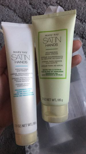 Mary Kay Satin Hands Set for Sale in Safety Harbor, FL