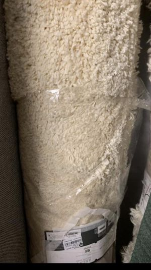 Solid tufted Area Rugs cream 5'x7' for Sale in Anaheim, CA