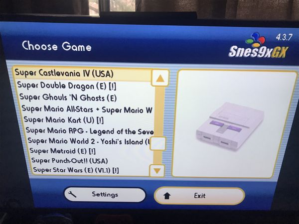Nintendo Wii loaded with hundreds of classic games, you choose 40 GameCube, 10 Wii games