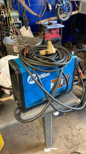 MILLLER MAXSTAR 200 WELDER (with all cords) for Sale in Armada, MI