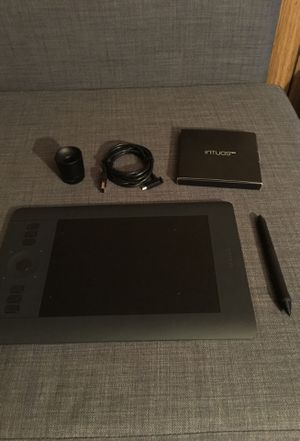 Wacom Intuos Pro Drawing Tablet (Small) for Sale in Fairview, OR
