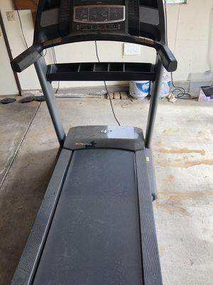 NordicTrack Elite 3700 treadmill for Sale in Hemet, CA