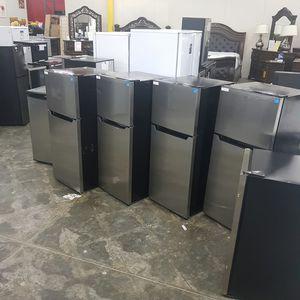 Danby 2-Door Compact Refrigerator for Sale in Hacienda Heights, CA