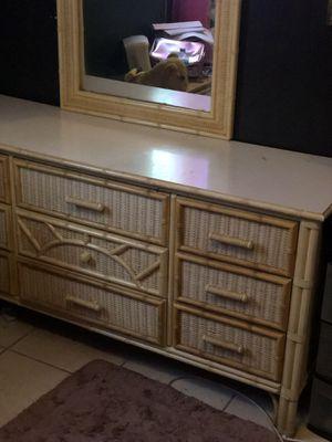 4 pc bamboo bedroom set for Sale in St. Petersburg, FL