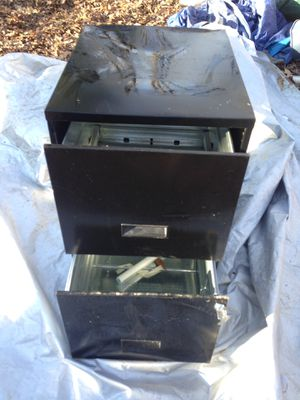 Small filing cabinet with lock and keys for Sale in Easley, SC