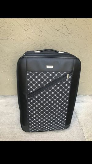 Extra large suitcase. 12 inches deep, 18 inches wide, 29 inches tall for Sale in Mesquite, TX