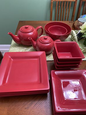 Dishes (Red) for Sale in New Brunswick, NJ