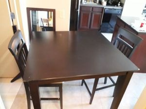 Dining table for Sale in Chicago, IL