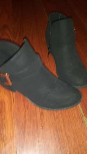 Boots size 4 girls for Sale in Los Angeles, CA