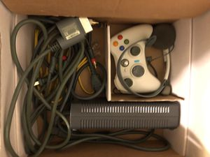 Xbox 360 - Go Pro w/accessories Halo 3. for Sale in Frederick, MD
