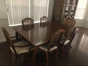 Baker Dining Table for Sale in Clovis, CA