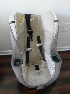 Baby's gray and black car seat for Sale in Gaithersburg, MD