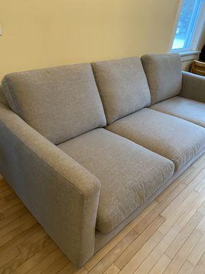 Like New Burlington Furniture Company couch for Sale in Burlington, VT