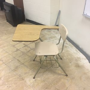 School desk chair for Sale in Westchester, IL