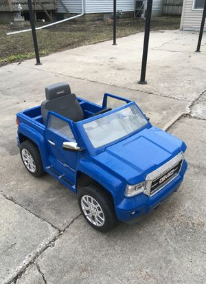 Toy car for Sale in Mason City, IA