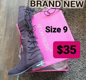 BRAND NEW WOMEN BOOTS SIZE 9 BEST OFFER TAKES IT!!! HOLLA ASAP for Sale in Riverside, CA
